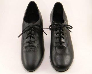 women's oxford tango shoe and ballroom shoe width comparison
